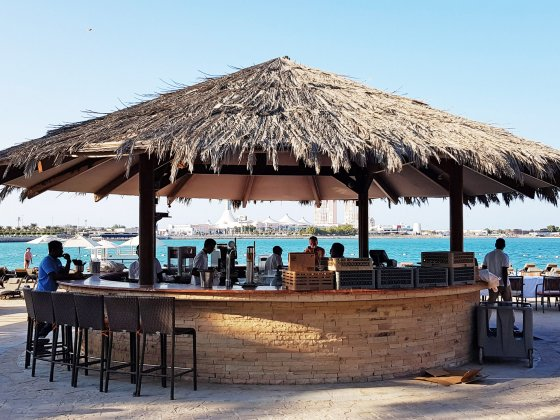 abu dhabi beach clubs hiltonia beach bar
