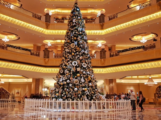 emirates palace hotel christmas tree