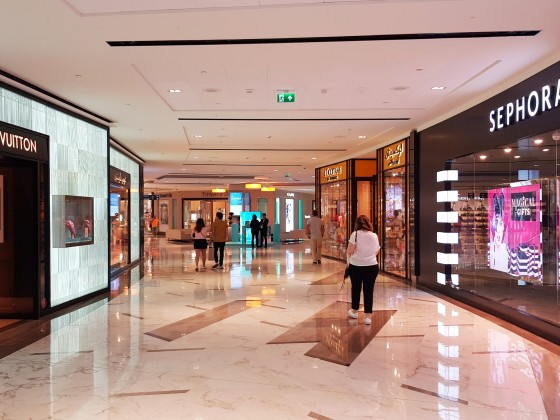 abu dhabi shopping mall the galleria 2