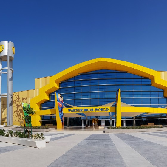 abu dhabi warner bros world h