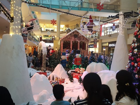 christmas in abu dhabi mall